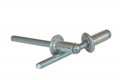 DIN 7337 Al/A2 Заклепка витяжна з плоским буртиком