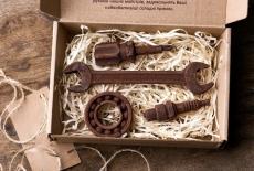 Шоколадний набір: ключ 16/17, викрутка, підшипник, муфта маленька